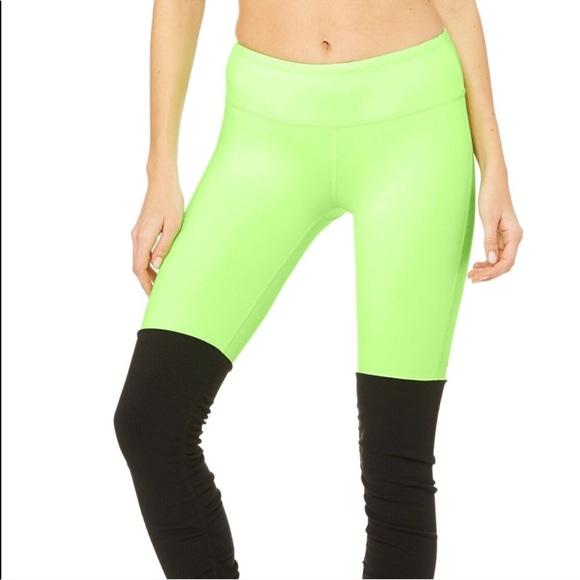 c00bb9cc063bf8 ALO Yoga Pants   Nwot Alo Goddess Legging Glowstick Glossy Black ...